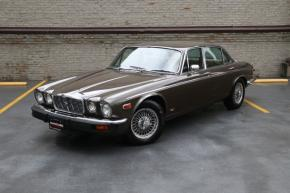 Jaguar & Daimler XJ Series 1, 2 & 3 photo